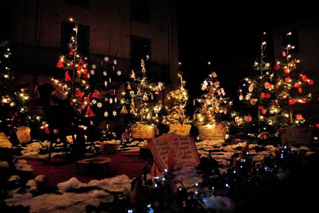 Immagine delle edizioni passate di Natale in Contrada. Immagine di Luca Festari.