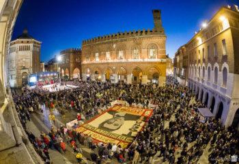 viviardesio Ardesio-Pro-Loco-Festa-del-Torrone-Cremona-2015