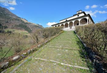 Chiesa di San Pietro Ardesio -foto di Luca Festari